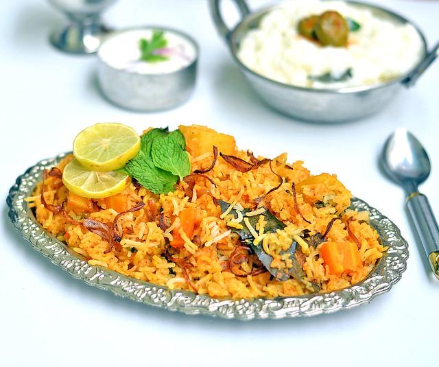 Hyderabadi veg biryani recipe nawab biryani sunday lunch recipes 15 hyderabad veg biryani recipe forumfinder Image collections
