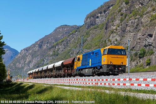 mountains train montagne switzerland ticino diesel swiss engineering zug sbb svizzera bahn stazione treno 001 carri ffs ferrovia cantiere gotthard locomotiva cff g2000 biasca gottardo scheuchzer tramoggia pollegio am840