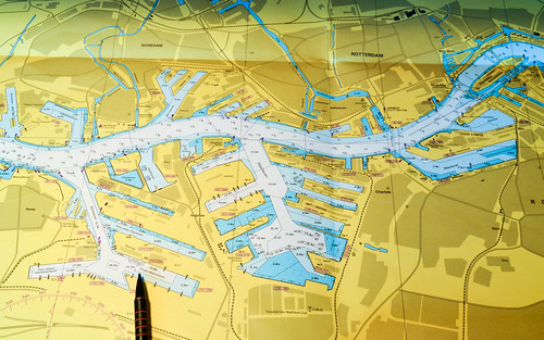 Nautical chart: Eemhaven and Waalhaven, port of Rotterdam