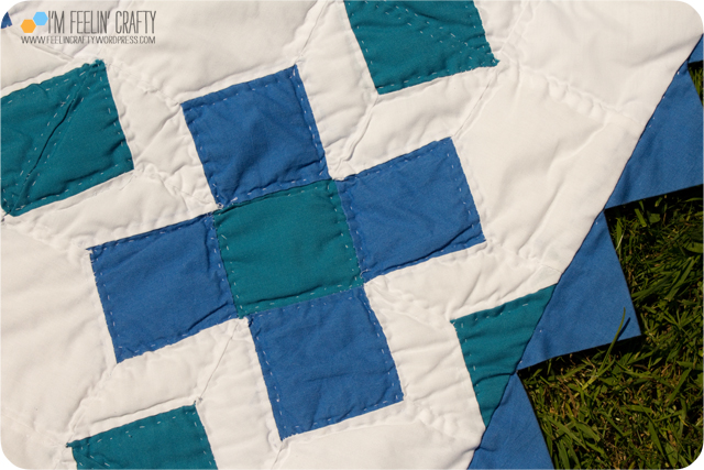 Quilts-BlueGrnCrossEdge-ImFeelinCrafty