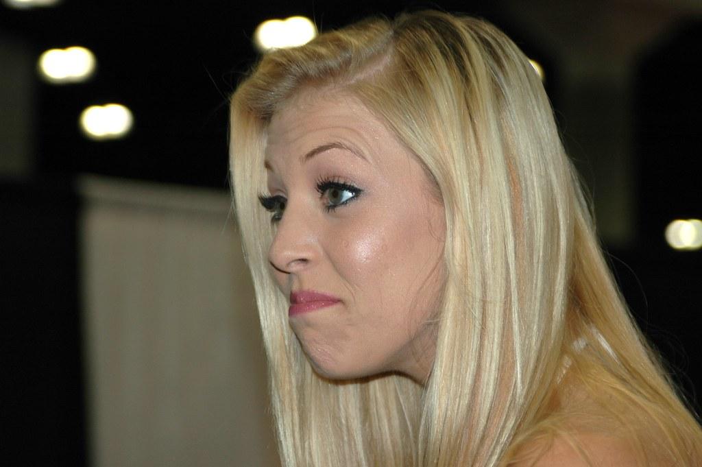 Blonde Porn Star Leah Luv  Hootervillefan  Flickr-4619