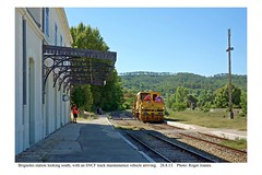 Brignoles station with a track maintainence vehicle arriving. 28.8.13 - Photo of Forcalqueiret