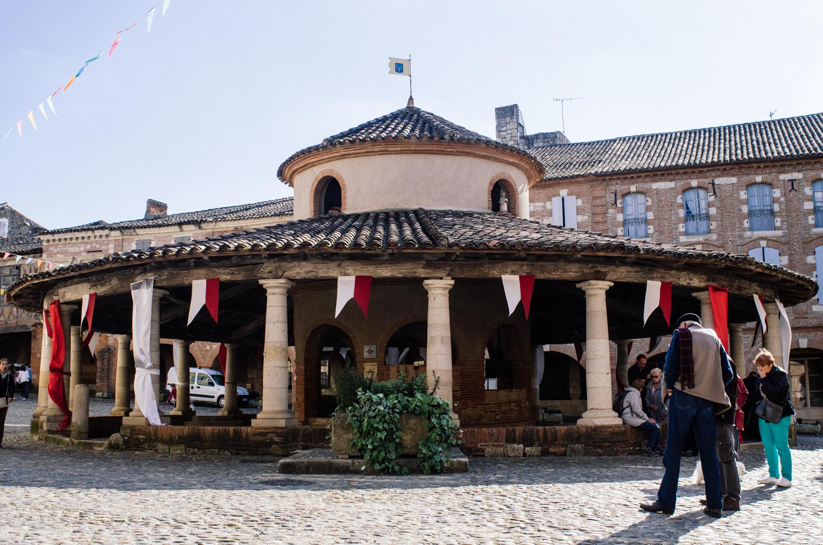 La halle au grain d'Auvillar - Carnet de voyage Tarn-et-Garonne