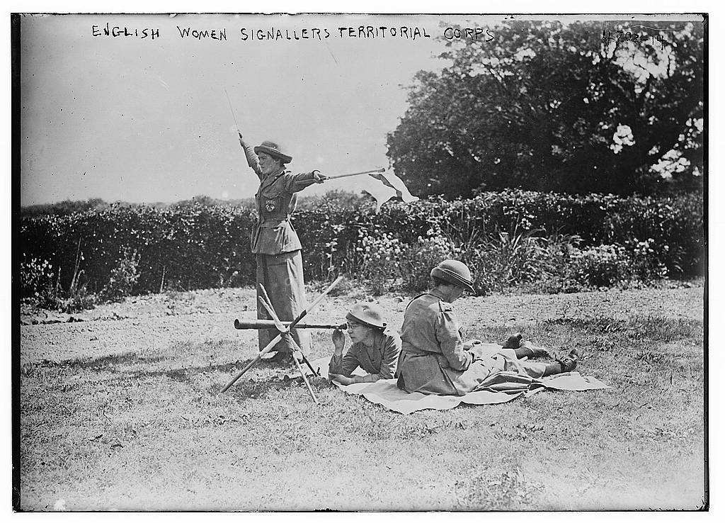 English Women Signallers Territorial Corps (LOC)