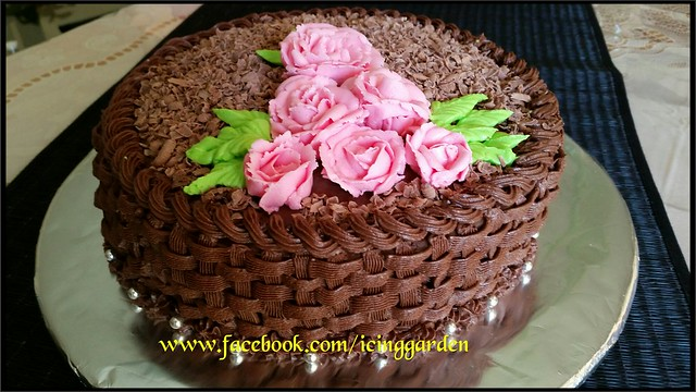 Basket  Birthday Cake