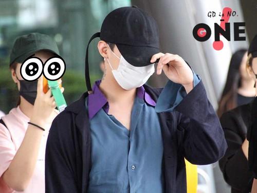 BIGBANG arrival Seoul ICN from Chengdu 2016-07-04 (67)