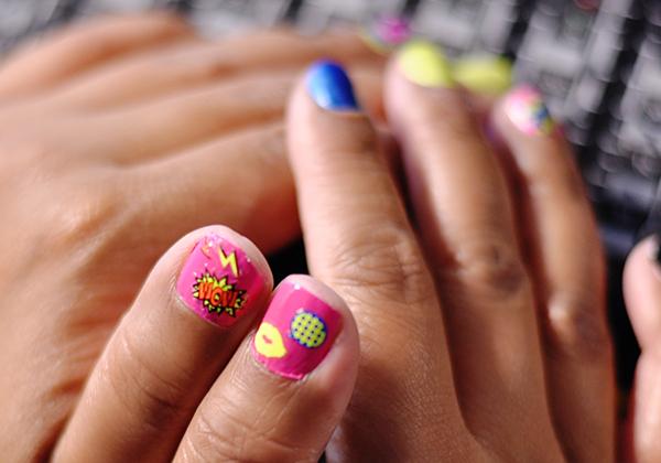 comic nails 3
