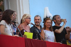 dg., 14/08/2016 - 19:16 - Ada Colau visita els carrers guarnits i assisteix al pregó de la Festa Major de Gràcia
