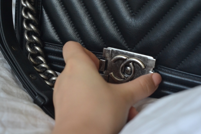 Daisybutter - Hong Kong Lifestyle and Fashion Blog: Chanel Boy bag blogger