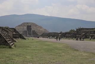 ภาพของ Teotihuacán ใกล้ Ampliación San Francisco. estadodeméxico mexico teotihuacan 2016 june 6d canon