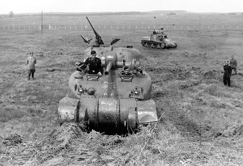 Germans with capture  US M4 Sherman tanks and M3 Lee Grant 1943