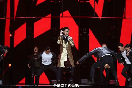 BIGBANG Hunan TV 2015-12-31 by 湖南卫视贴吧  (9)