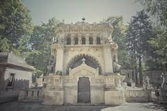 Bucharest - Bellu Cemetery - Gheorghief Monument