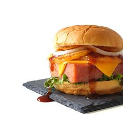 burger hamburger Hawaiian spam luncheon meat patty…