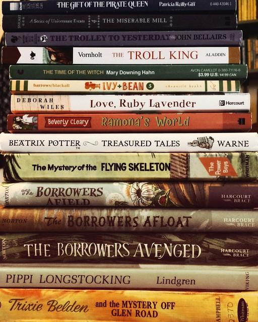 Goodwill Haul #books #thrifting #goodwill #kiddielit