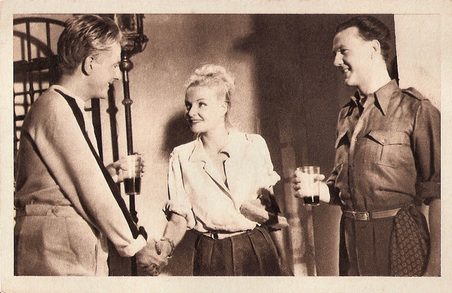 Jean Desailly, Madeleine Sologne and Raymond Rouleau in Une grande fille toute simple (1948)