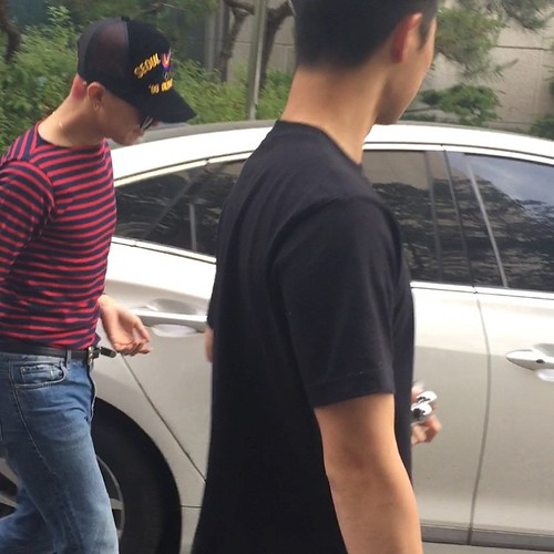 pengyongshi instagram 2015-06-02 leaving rehearsals 01