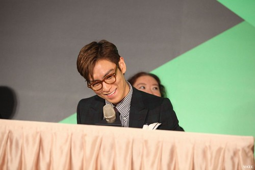 TOP Press Con Taiwan 2015-11-06 by Vogue Taiwan (22)