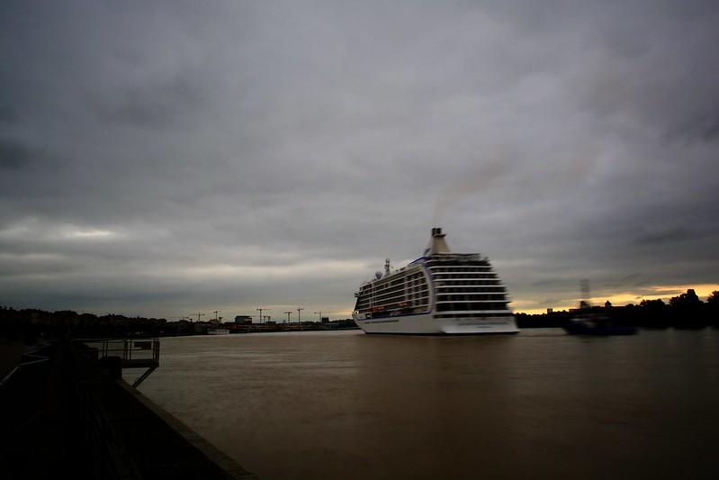 Accostage SEVEN SEAS VOYAGER , Bordeaux, 03 juin 2015