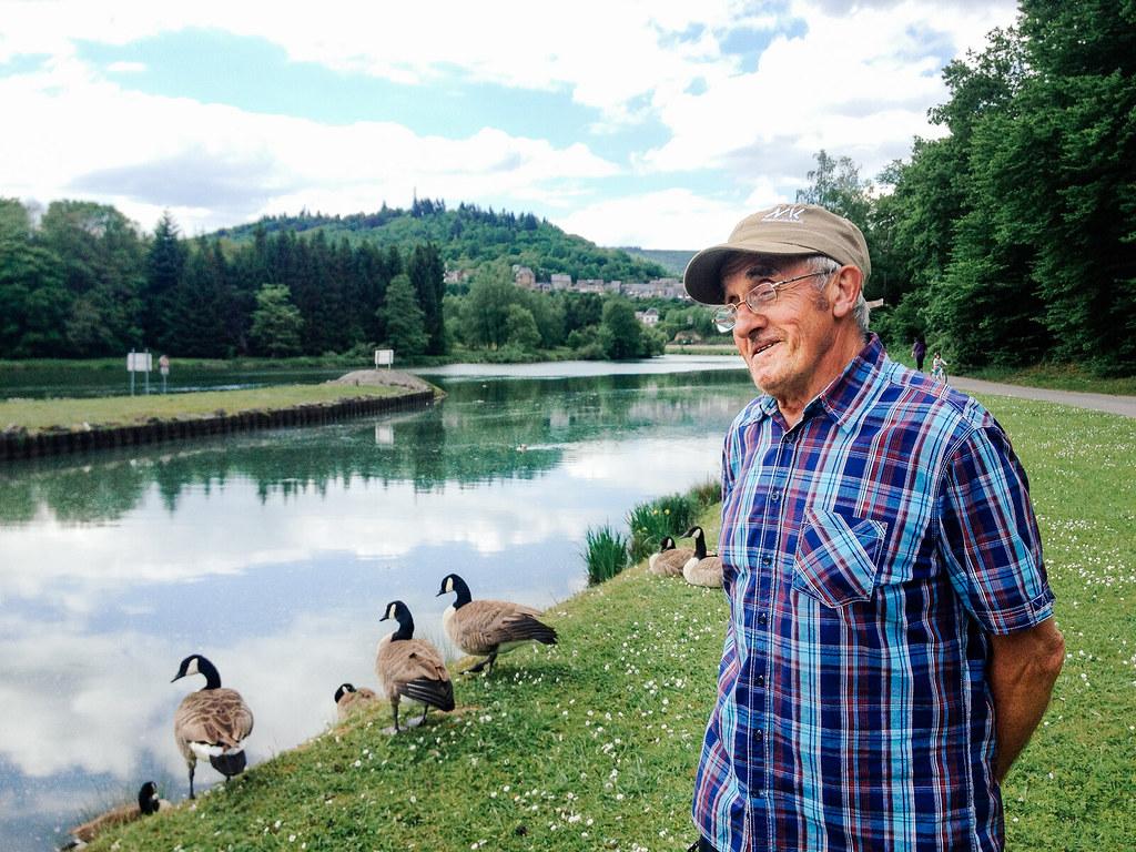 Road trip dans les Ardennes - Un ancien pêcheur pris d'affection pour les oies du Canada