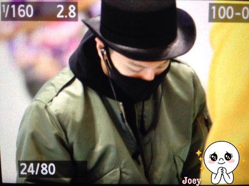 Big Bang - Gimpo Airport - 27feb2015 - Tae Yang - Joey_GD - 02