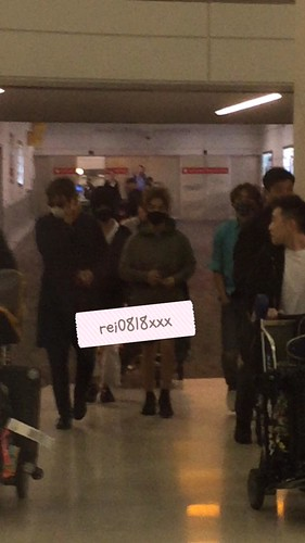 Big Bang - Newark Airport - 08oct2015 - rei0818xxx - 01