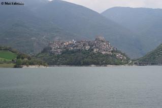 CASTEL DI TORA (521)