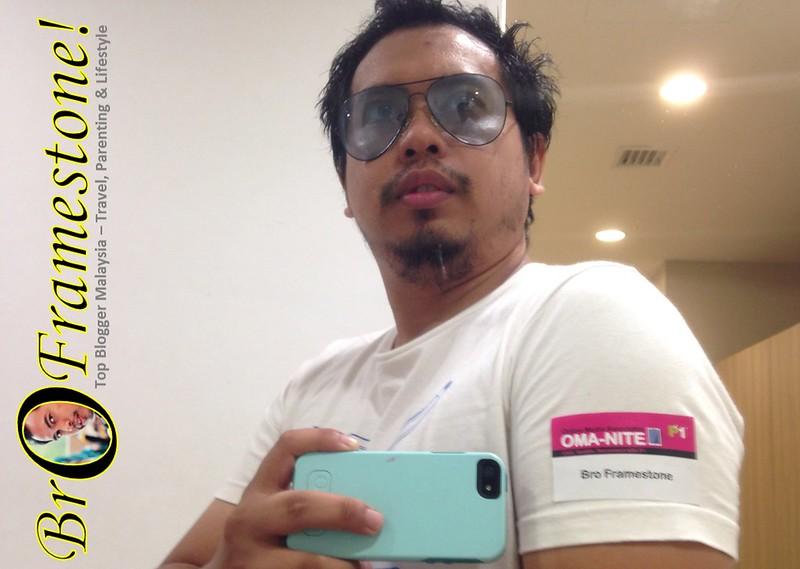 P1 OMA Nite Selfie