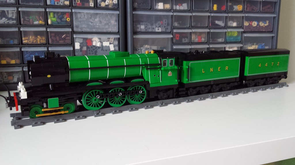 4-6-2 LNER Class A3 4472 'Flying Scotsman' - Page 2 - LEGO Train ...