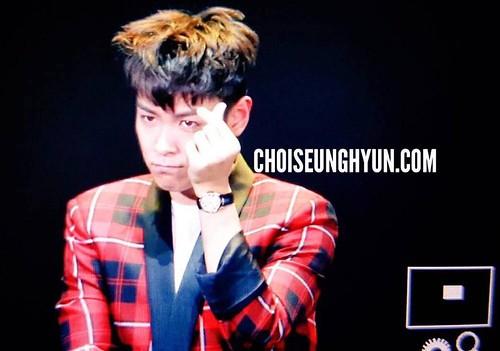 BIGBANG VIP Event Beijing 2016-01-01 choidot (2)