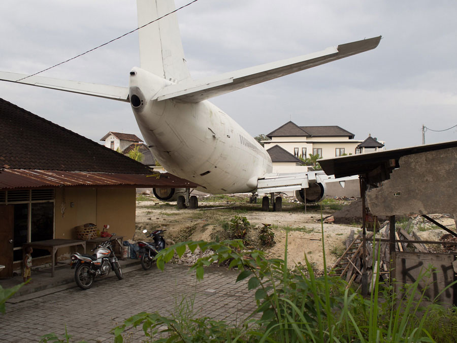 19. abandoned plane kuta