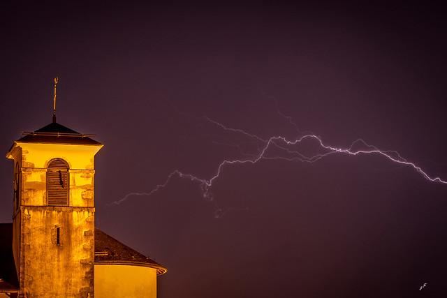 Colère divine sur l'église de Montmin