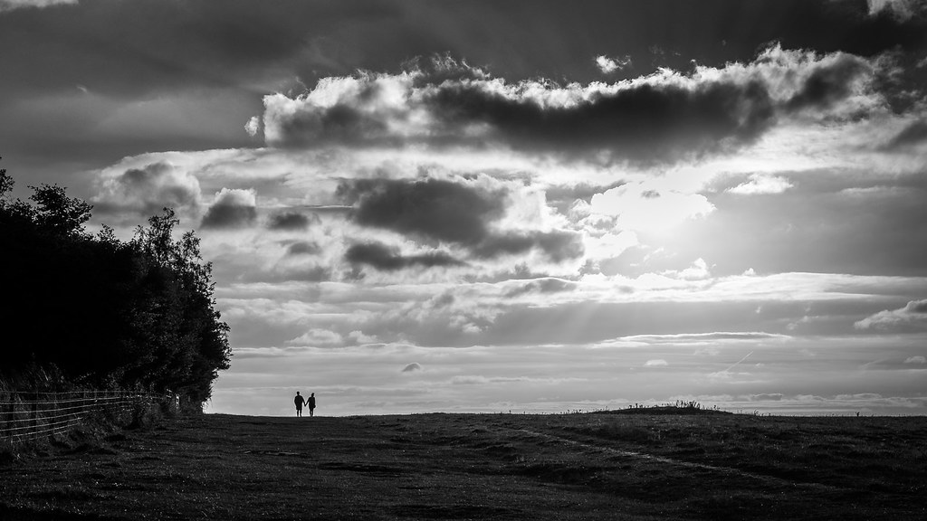 A couple in love, Amesbury, England picture
