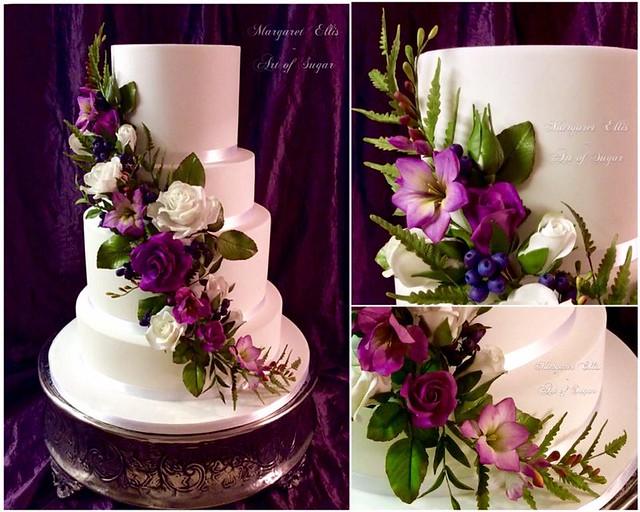 Cake by Margaret Ellis - Art of Sugar
