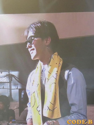 Daesung-Tokyo-Day2_20140718-withspecialguest-GD (7)