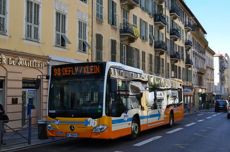 transport mobilit urbaine afficher le sujet nice r seau lignes d 39 azur. Black Bedroom Furniture Sets. Home Design Ideas