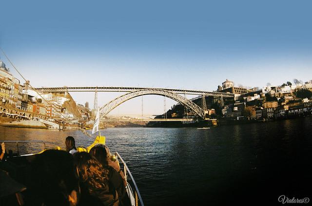 Прогулка на катере по реке Дору. Порту. Rio Douro. Porto