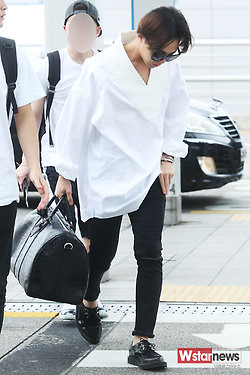 GDragon_Incheon-to-HongKong-20140806 (62)
