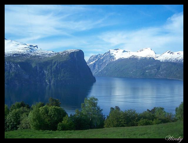 Fiordos noruegos Storfjord Geiranger Hellesylt Briksdal Loen - Fiordo de Nordal