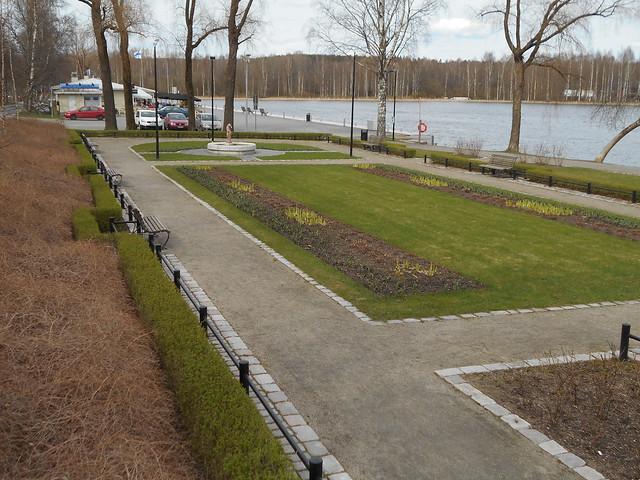 Vapputunnelmia Hämeenlinnassa 1.5.2015; näkymää Ystävyydenpuistoon Vanajavedellä