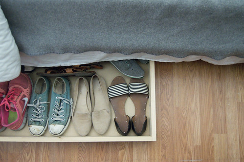 underbed shoe storage
