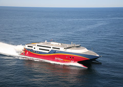 ferry(0.0), luxury yacht(0.0), f1 powerboat racing(0.0), motorboat(0.0), passenger ship(0.0), yacht(1.0), vehicle(1.0), ship(1.0), sea(1.0), boating(1.0), watercraft(1.0), boat(1.0),