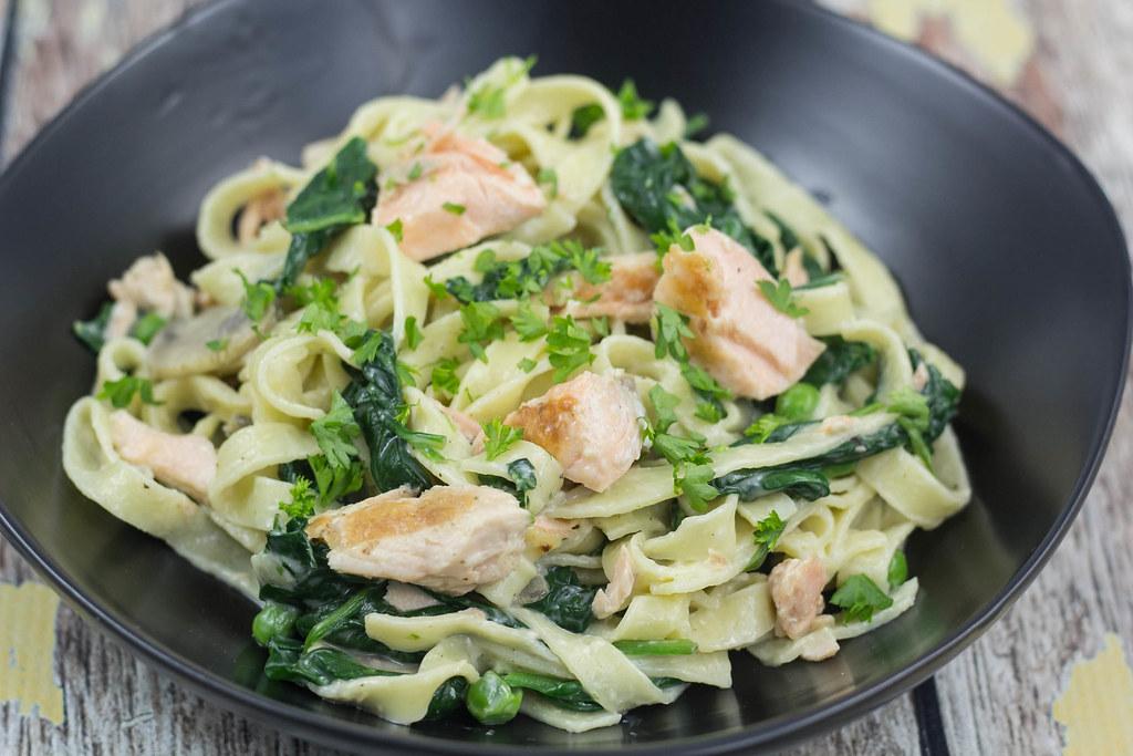 lakseretter med pasta
