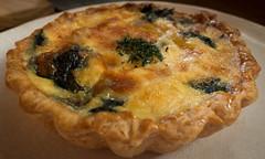 pie, pot pie, baked goods, zwiebelkuchen, produce, food, dish, dessert, cuisine, quiche,
