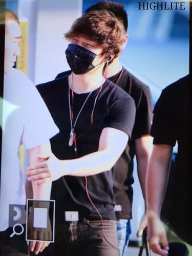 YB Dae GD departure Seoul to Bangkok 2015-07-10 012