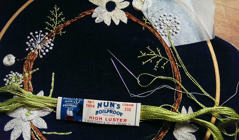 Couching the stems - book review by floresita for Feeling Stitchy