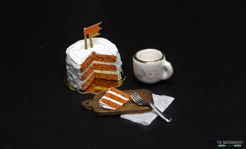 The Micro Bakery polymer clay carrot cake2