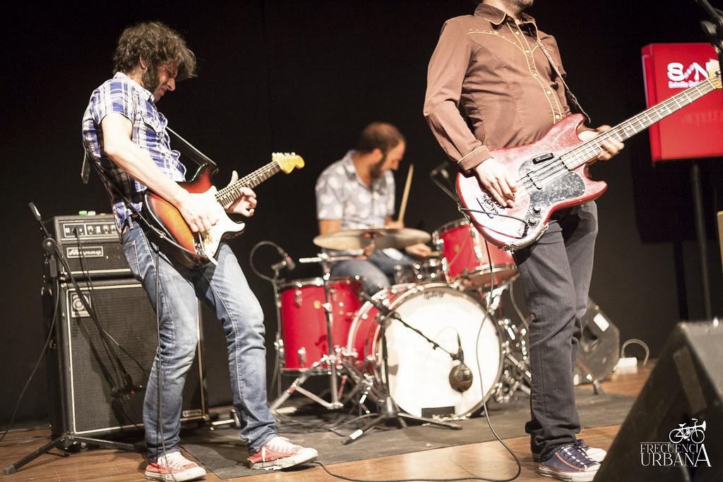 """imágenes del concierto de jysus y Wild Honey en el teatro del Arte. Madrid (4/6/2015). Más info, <a href=""""http://wp.me/p5zdOk-2ux"""" rel=""""nofollow"""">wp.me/p5zdOk-2ux</a>"""