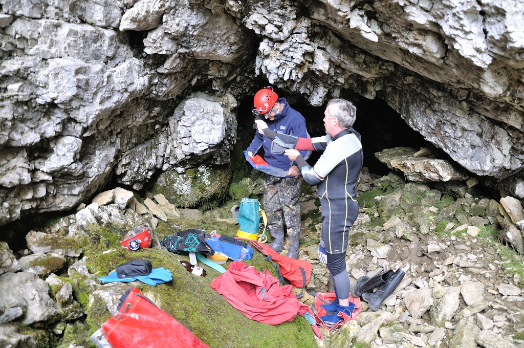 19.09.2014 - Abklärungen Markierversuch Sachsler Seefeld und Riedschwandhöhle