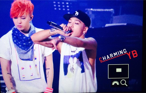 Big Bang - KBS Yoo Hee Yeol's Sketchbook - 02jun2015 - Recording - Tae Yang - Charming YB - 03
